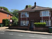 Studio Flat Heatherdeane Road Highfield ** Available Now **