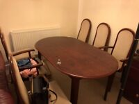 Table and 6 chairs in excellent condition