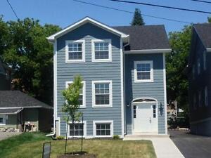 STUDENTS: NEW BUILD, PORTSMOUTH VILLAGE! 2 & 3- 707 King St W