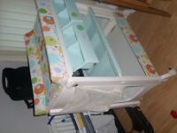 baby changing unit and bath