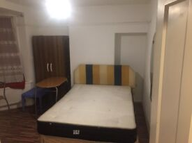 Double room and single room in edgware station