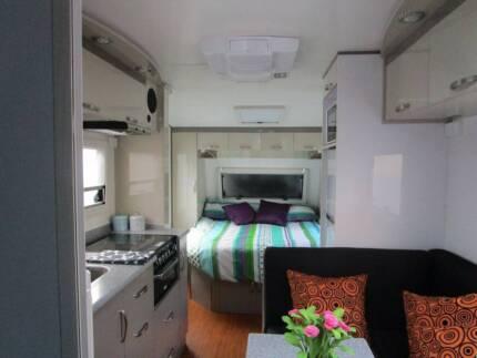 18ft Goldstar Caravan full ensuite Semi off road Solar panels