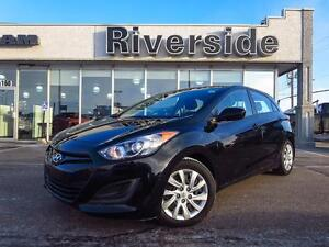 2013 Hyundai Elantra GL GT Hatchback w/Heated Seats!