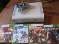 XBOX 360 boxed with games