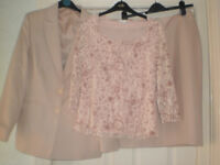 Ladies skirt, jacket, top size 14 shoes & bag to match