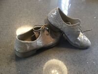 Gorgeous shoes in great condition looking for a new owner