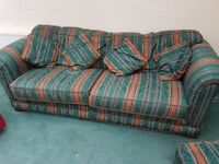 3 ans 2 seater couches / sofas