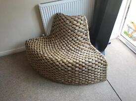 Corner wicker seat on wire frame