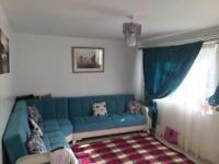 Large 2 bedroom ground floor flat with garden cb1 Coleridge area