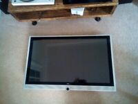 Loewe TV Connect 40 Full HD with I Studio Amp / subwoofer