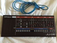 Roland JU 06 Boxed, With USB Power Cable