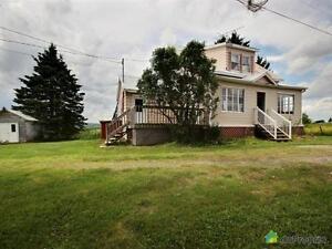 55 900$ - Maison à un étage et demi à St-Camille-De-Bellechas