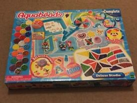 ( New and sealed ) Aquabeads Deluxe Studio 30258