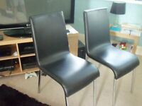 2 x modern kitchen/dining chairs includes delivery(hull)