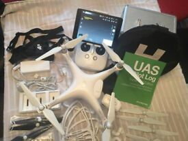 Phantom 4 Drone Loads of Extras less than 2 hours Use Unwanted Present Reduced Price for quick sale