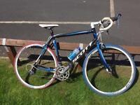 Scott speedster s30 road bike