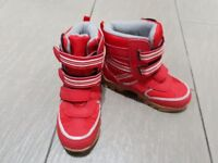 Boys Thinsulate Insulated Snow Boots. 2 pairs available. Size 10. £5 each
