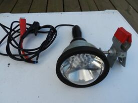 Heavy-duty 12v LED vehicle inspection lamp with lens bumper