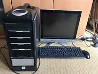ASUS DESKTOP WITH MONITOR, KEYBOARD AND MOUSE WITH WINDOWS XP/7