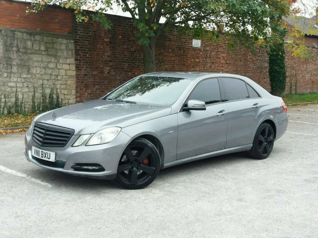 For sale Mercedes Benz E220CDI 2011 YEAR BLUE FENCY PX SWAPS WELCOME