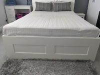 King size bed in excellent condition