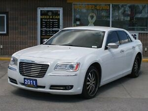 2011 Chrysler 300 Limited RWD 3.6L LOW PROFILE ALLOYS & LEATHER
