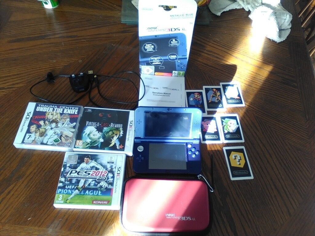 New Nintendo 3DS XL with 20 games/case/ 32GB