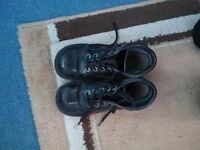 Size 2 kickers