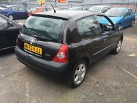 Renault Clio 2002 very cheap £450ono