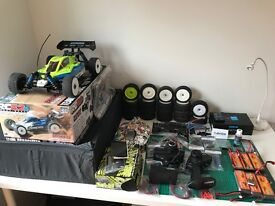 Team Associated RC8.2e 1/8th Buggy RS - RTR 6s/4s Ready to run (RTR) brushless rc