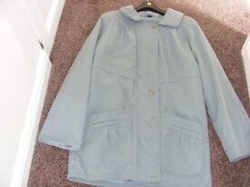 Ladies Coat Size 14 / 16 (This Is A Darker Green Than The Photos).