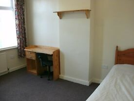 double +single furnished room £70pw inc all utilty bills drewry lane 5 mins town