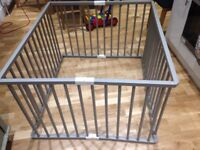 Baby Play pen by Combelle