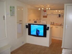Self contained flat to rent in Earlswood Solihull