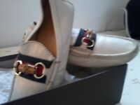 GUCCI MENS DESIGNER LOAFERS / SIZE UK7 / COST £295 NEW / STILL IN EXCELLENT CONDITION / GUCCI BOX!!