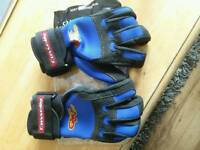 Connelly quick wrap gloves
