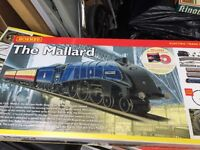 Hornby Mallard Train Set