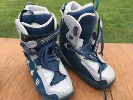 Women's Salomon snowboard boots