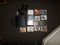 PS3 SLIM 500GB, 2 controllers, 14 games, 2 move controllers, camera