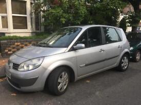 Renault Scenic - low mileage - long MOT