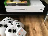Xbox One 500gb plus games