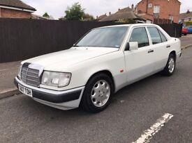 Mercedes 230E Auto **Classic Car**