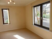 MODERN BRIGHT BEAUTIFUL 1 BEDROOM MAISONETTE SITUATED IN HOUNSLOW/HESTON - SOME BILLS INCLUDED