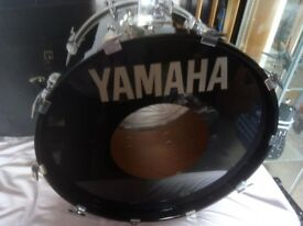 Yamaha 8000 Tour Custom 22x16 Bass Drum Black Laquer circa 1984