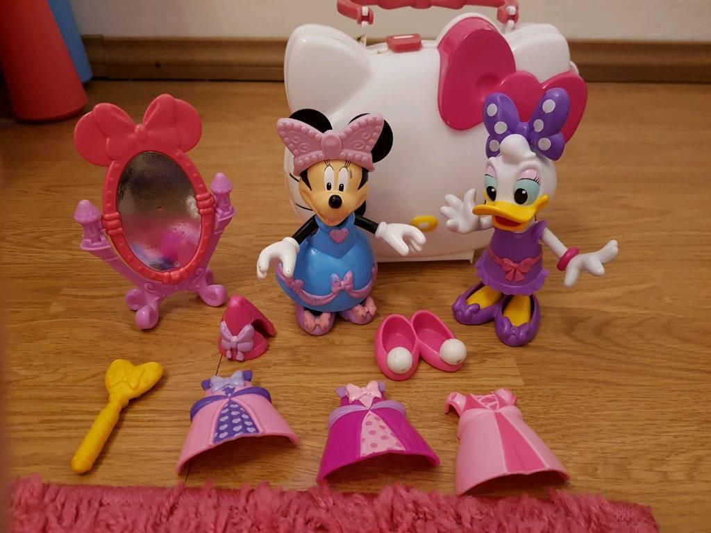 Dress up Minnie and Daisy set