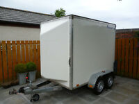 INDESPENSION BOX TRAILER, TWIN AXLE, FULLY BRAKED