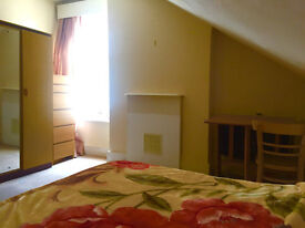 Double bedroom, Chiswick
