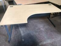 1600mm Left Curve Office Desk - Oak Veneer