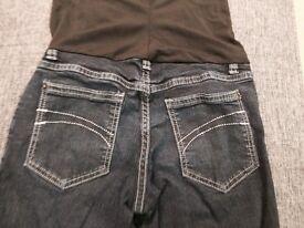 Maternity skinny jeans UK 8 (Eur 26)