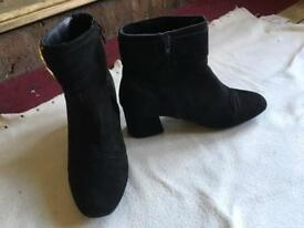 Primark ladies ankle boots suede black size 5/38 used £4